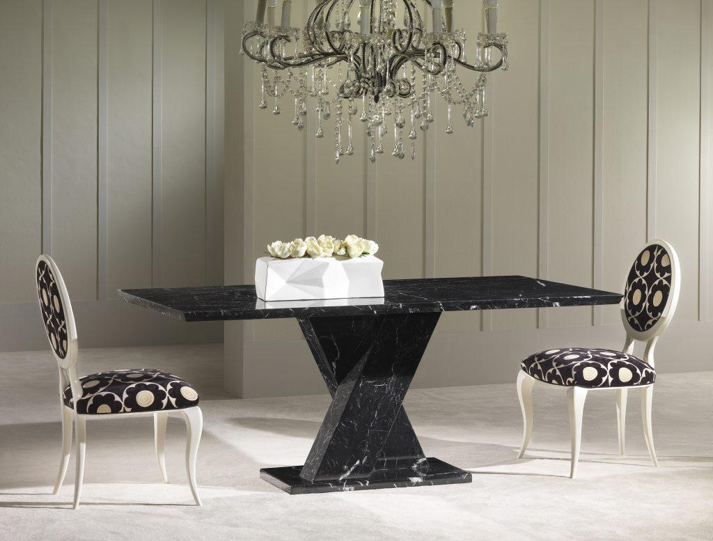 Marmuro pietų stalai